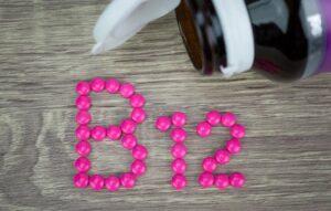 تجربتي مع نقص فيتامين ب12