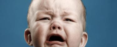 تفسير بكاء الطفل في المنام لابن سيرين
