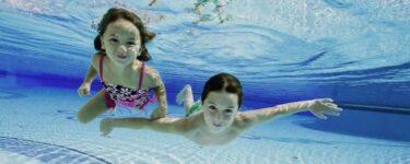 تفسير رؤية السباحة في المسبح في المنام