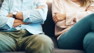 كيف تعرف ان زوجتك تفكر بغيرك