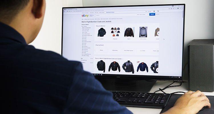 مشروع لبيع الملابس عبر الإنترنت من المنزل عام 2021