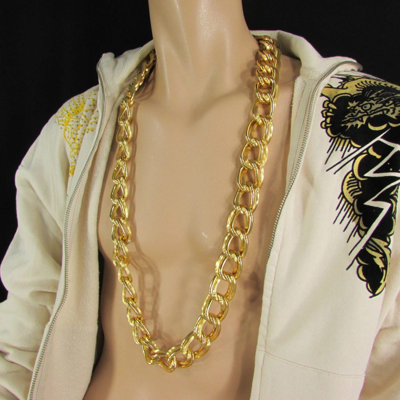 تفسير حلم لبس سلسال الذهب للمتزوجة