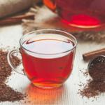هل الشاي يرفع ضغط الدم وما هي آثاره الجانبية