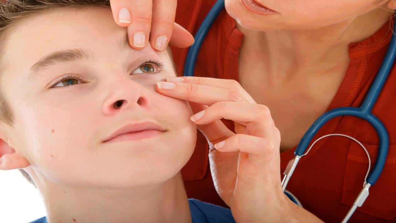 كيف أعرف فقر الدم من العين وما هي أعراضه وأشهر أنواعه