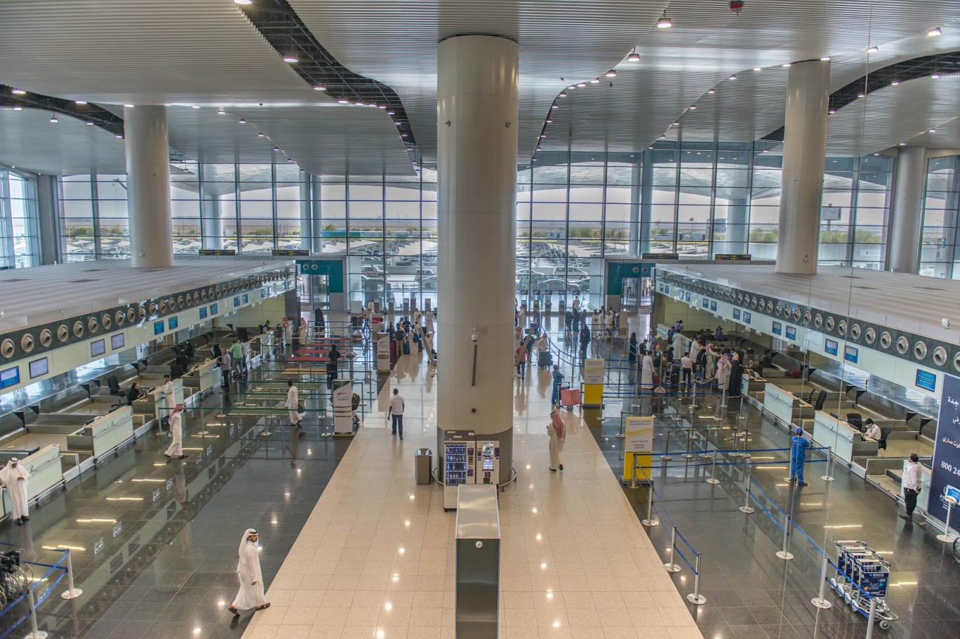 أهم الأرقام في مطار الملك خالد الدولي